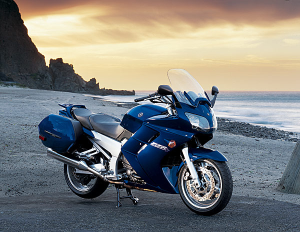 2005 blue yamaha fjr1300 motorcycle
